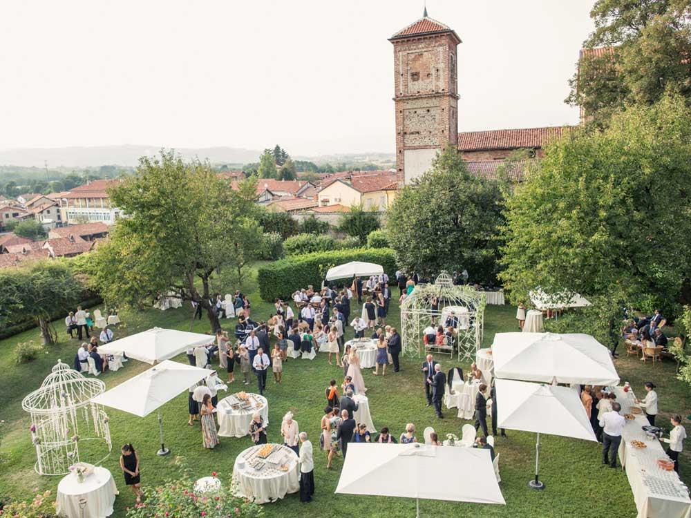 Allestimento Buffet Catering Bon Ton presso il Castello di Mercenasco - catering per matrimoni e catering per eventi aziendali Bon Ton di Pietrini, Torino