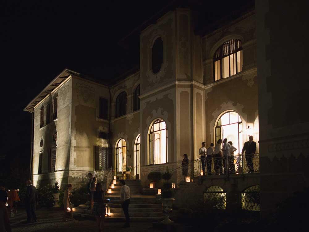 notturno - Catering Bon Ton presso il Castello di Mercenasco - catering per matrimoni e catering per eventi aziendali Bon Ton di Pietrini, Torino