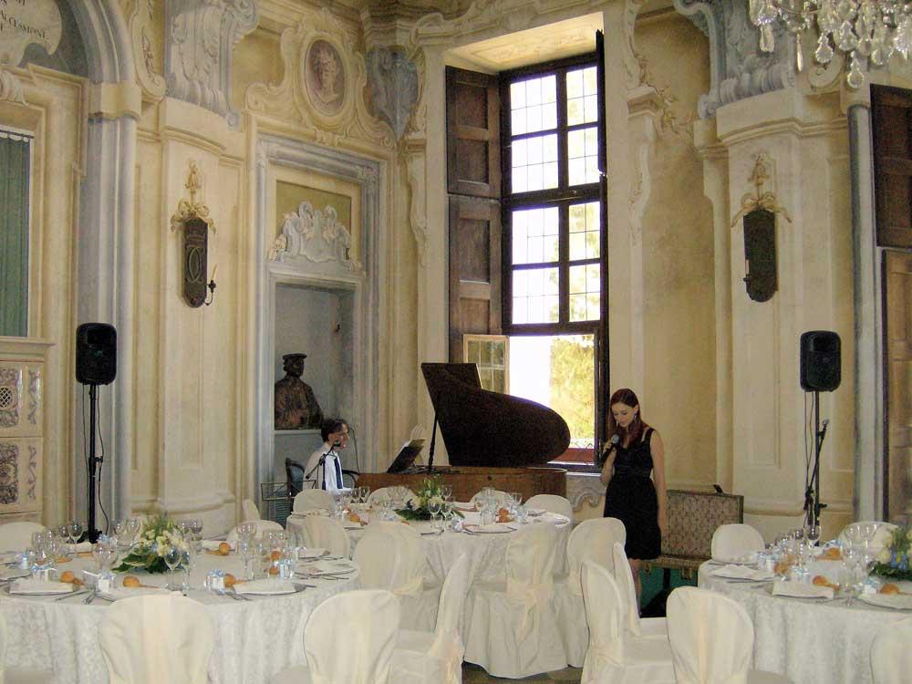 dettaglio allestimento sala Bon Ton di Pietrini presso Castello Canalis di Cumiana- catering per matrimoni e catering per eventi aziendali Bon Ton di Pietrini, Torino