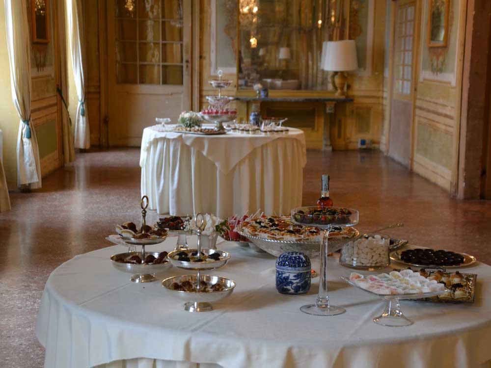 Buffet dolci-Catering BON TON-Pietrini