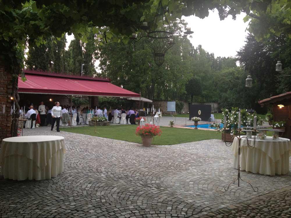 Castello di Nichelino esterno - Bon Ton di Pietrini presso il Castello di Nichelino - catering per matrimoni e catering per eventi aziendali Bon Ton di Pietrini, Torino