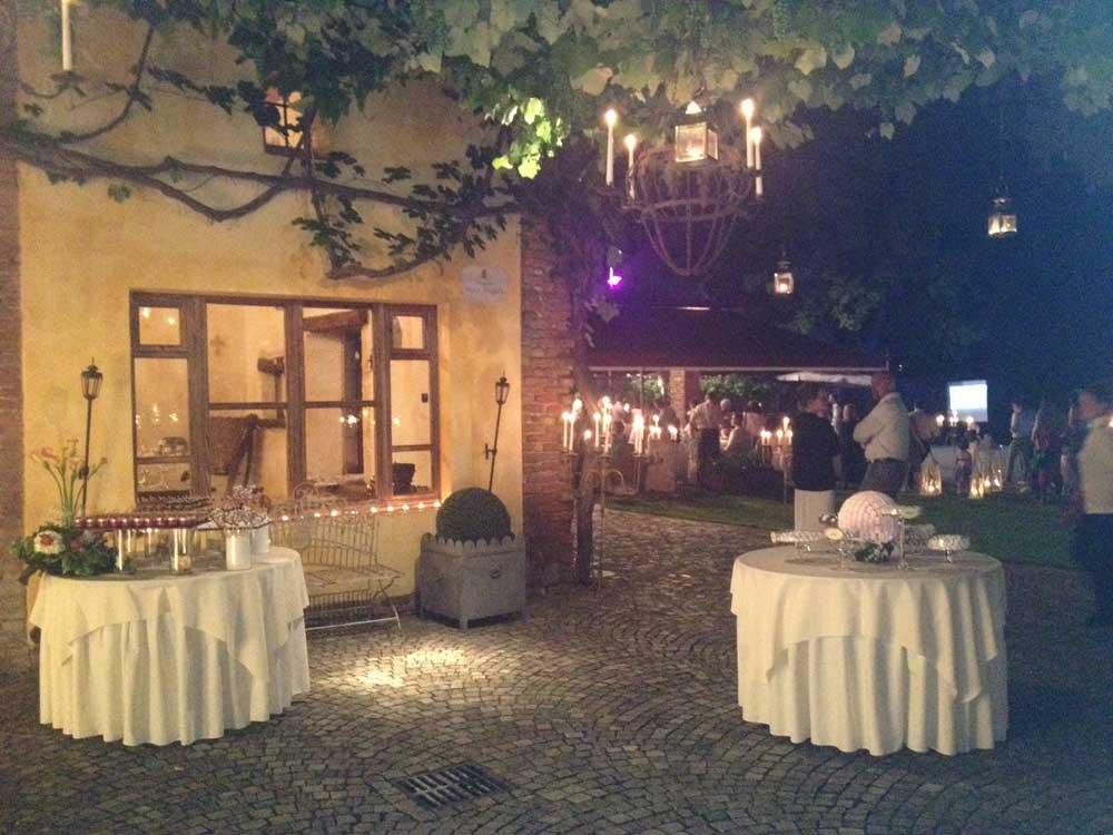 Castello di Nichelino night - Bon Ton di Pietrini presso il Castello di Nichelino - catering per matrimoni e catering per eventi aziendali Bon Ton di Pietrini, Torino