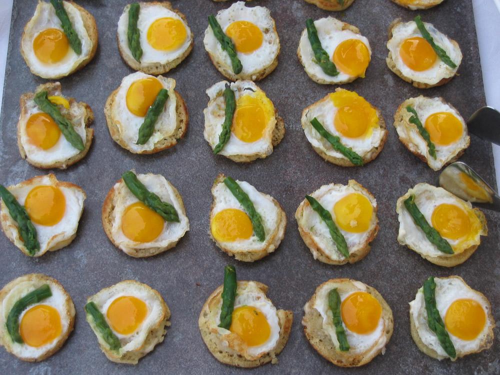 uovo e asparagi-Bon Ton Pietrini