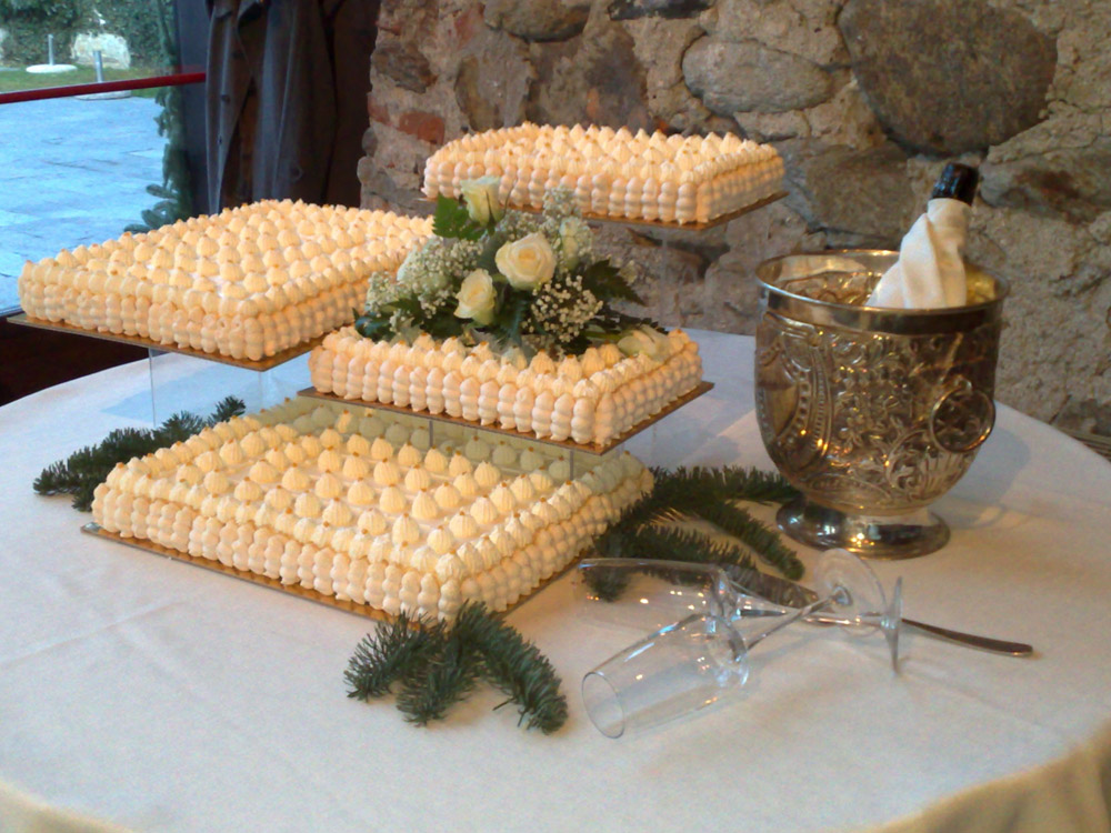 Torta nuziale Pietrini Bon Ton Catering Banqueting