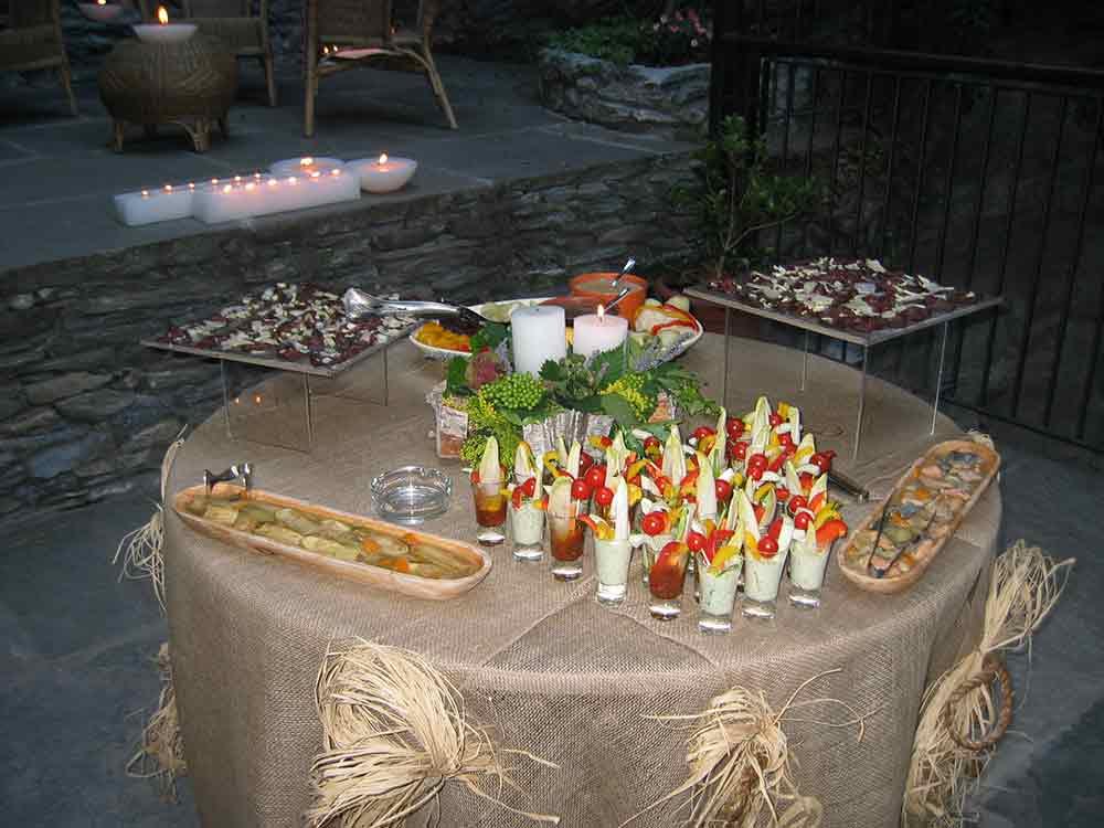 allestimento-buffet-rustico-bon ton pietrini
