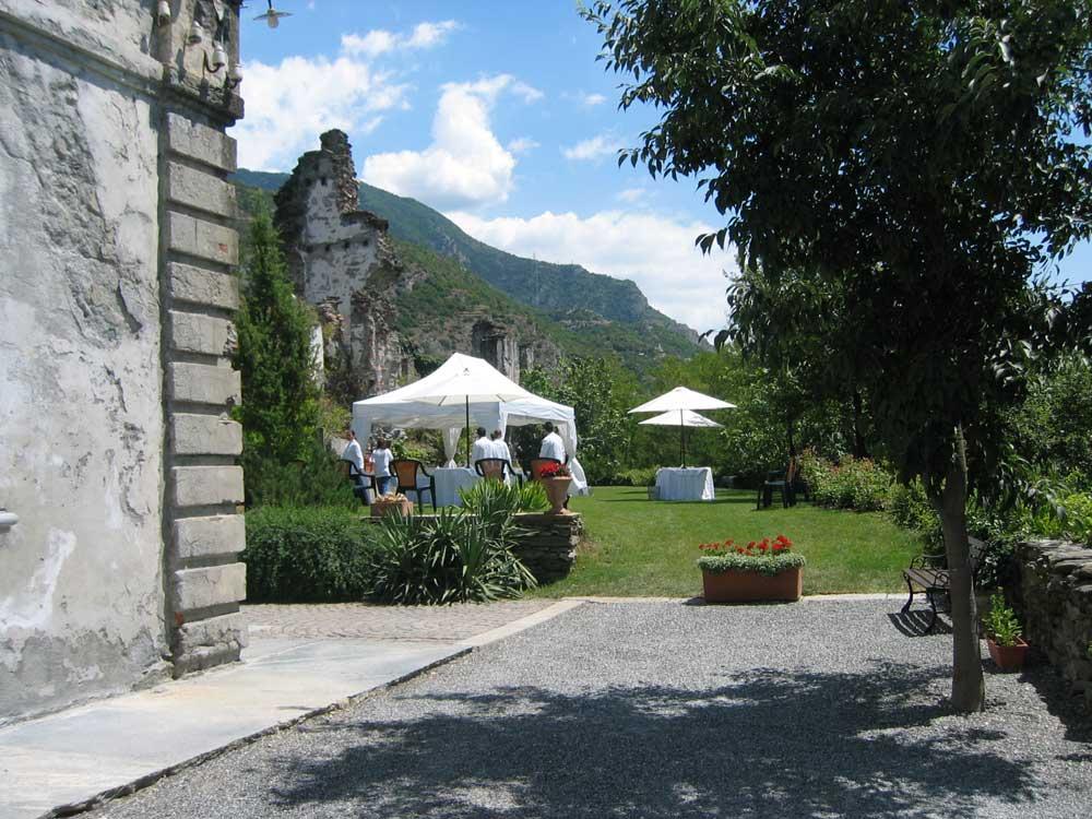 allestimento esterno Bon Ton di Pietrini presso Il Forte La Brunetta- catering per matrimoni e catering per eventi aziendali Bon Ton di Pietrini, Torino