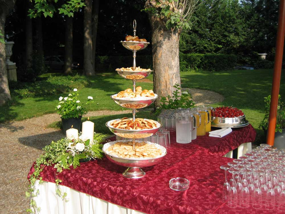 cocktail di benvenuto, Catering Bon Ton presso Villa Luigina - catering per matrimoni e catering per eventi aziendali Bon Ton di Pietrini, Torino