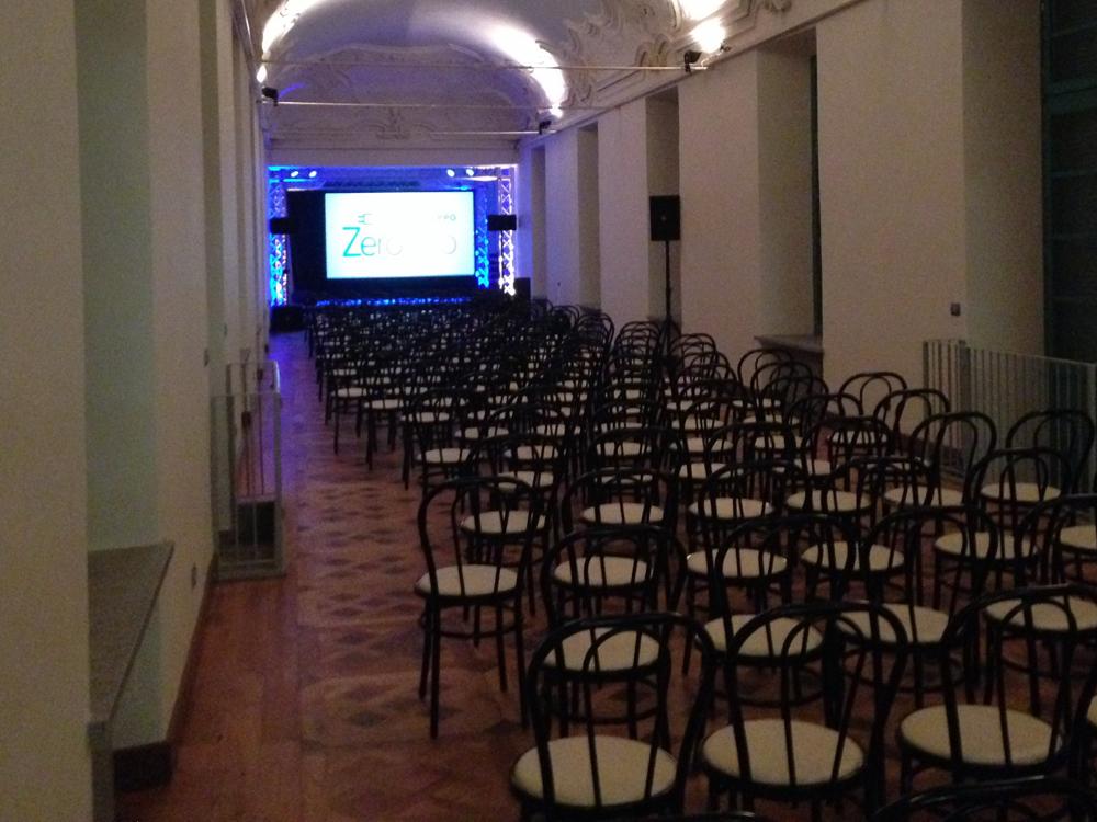 Catering per eventi aziendali a Torino presso location storiche, Bon Ton di Pietrini - dettaglio allestimento sala presso Villa Bria, a Gassino Torinese