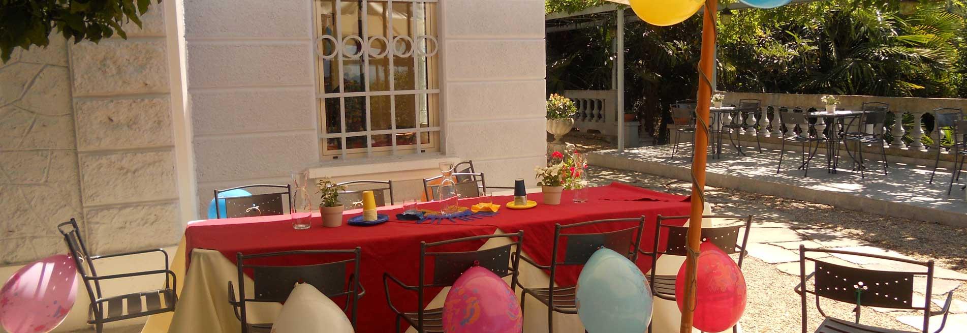 Catering allestimenti e attività per bambini, animatori, babysitter, seggiolini e tutto l'occorrente per una cerimonia a prova di bimbi!