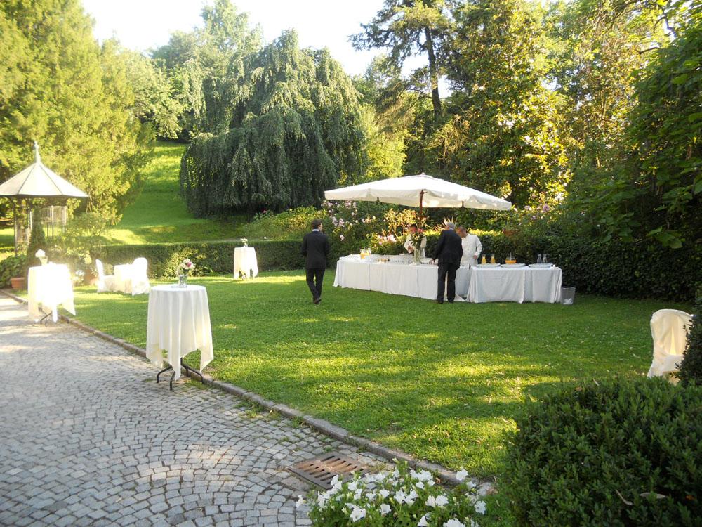 Allestimento buvette giardino_Bon Ton di Pietrini_Villa Vigna Chinet