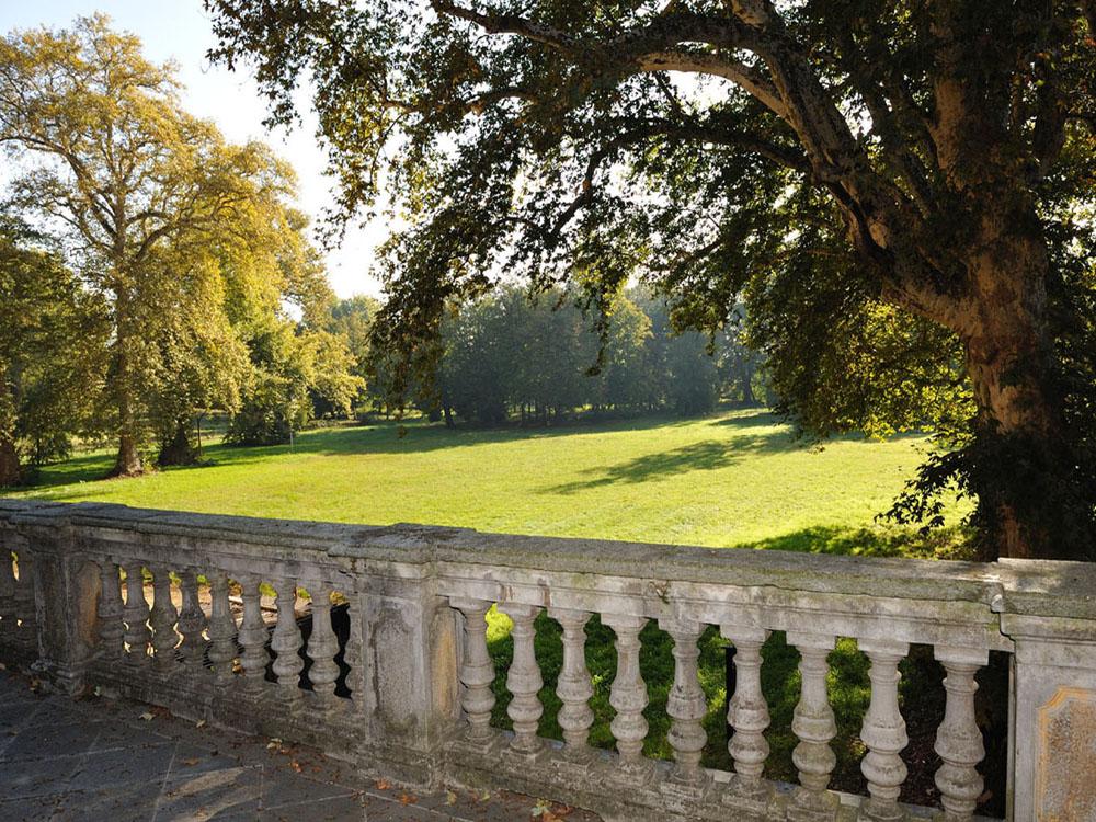 Parco_Castello Cavour - location matrimoni Bon Ton Pietrini