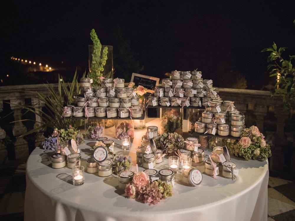 Bomboniere al Castello di Mercenasco - catering Bon Ton Pietrini, catering per matrimoni presso dimore e location storiche Torino e dintorni