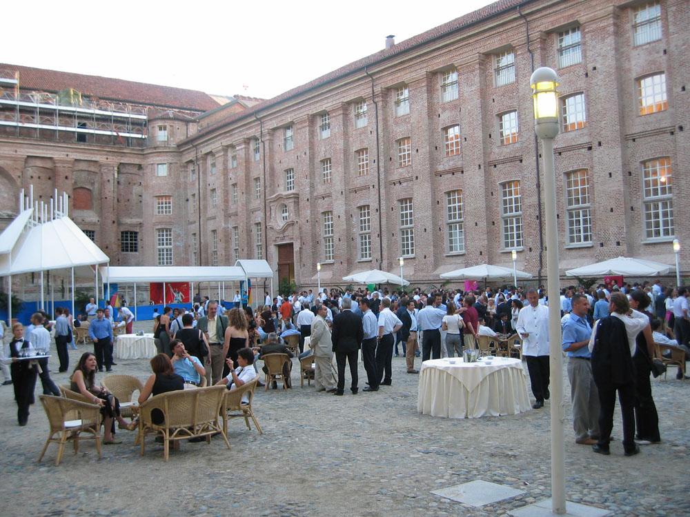 servizio di Catering Bon Ton di Pietrini nelle dimore storiche di Torino - cena di gala presso la Reggia di Venaria Reale - -inaugurazione-giochi-olimpici-catering bon ton pietrini