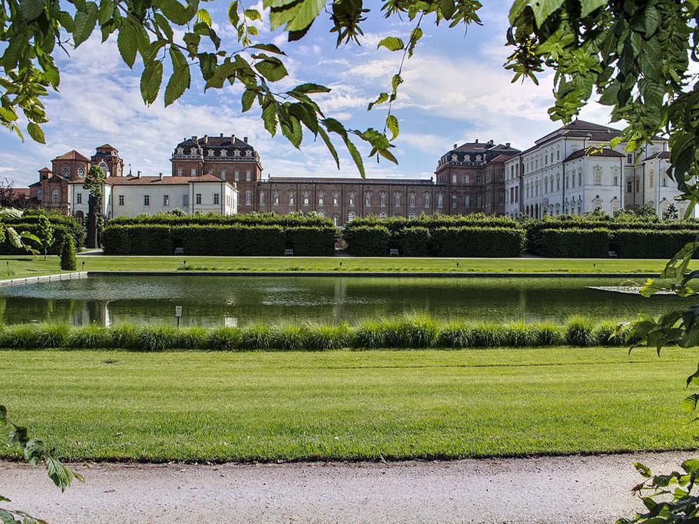 servizio di Catering Bon Ton di Pietrini nelle dimore storiche di Torino - veduta dai giardini Reggia di Venaria Reale