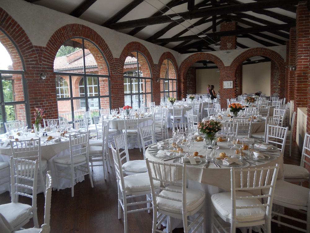 servizio di catering Bon Ton di Pietrini presso la Tenuta Tamburnin - ricevimento di matrimonio, mise en place di Bon Ton di Pietrini