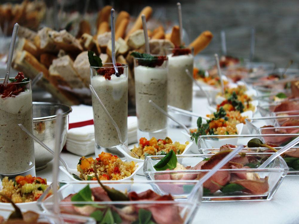 Dettaglio buffet monoporzioni - catering per eventi Torino, Bon Ton di Pietrini