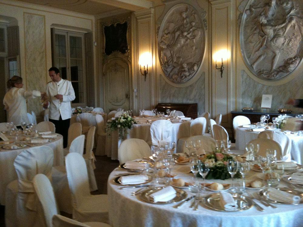 Allestimento sala e dettaglio mise en place Villa d'Agliè - servizio catering matrimoni Bon Ton Pietrini