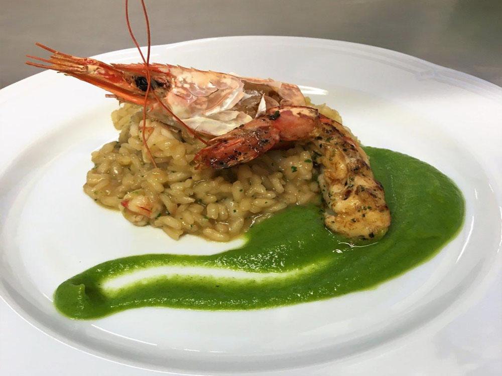 risotto impiattato-catering-bon-ton-pietrini