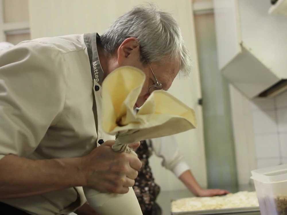 Preparazione pan della marchesa Pietrini Susa